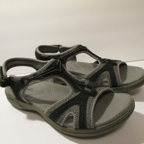 Clarks A New Way Of Walking Sandals